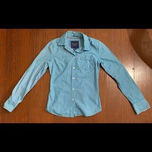 3/$15+ American Eagle Long Sleeve Shirt Size 2